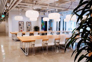 Studio at Beverly Hills Flex Desks
